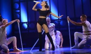 SNL Ariana